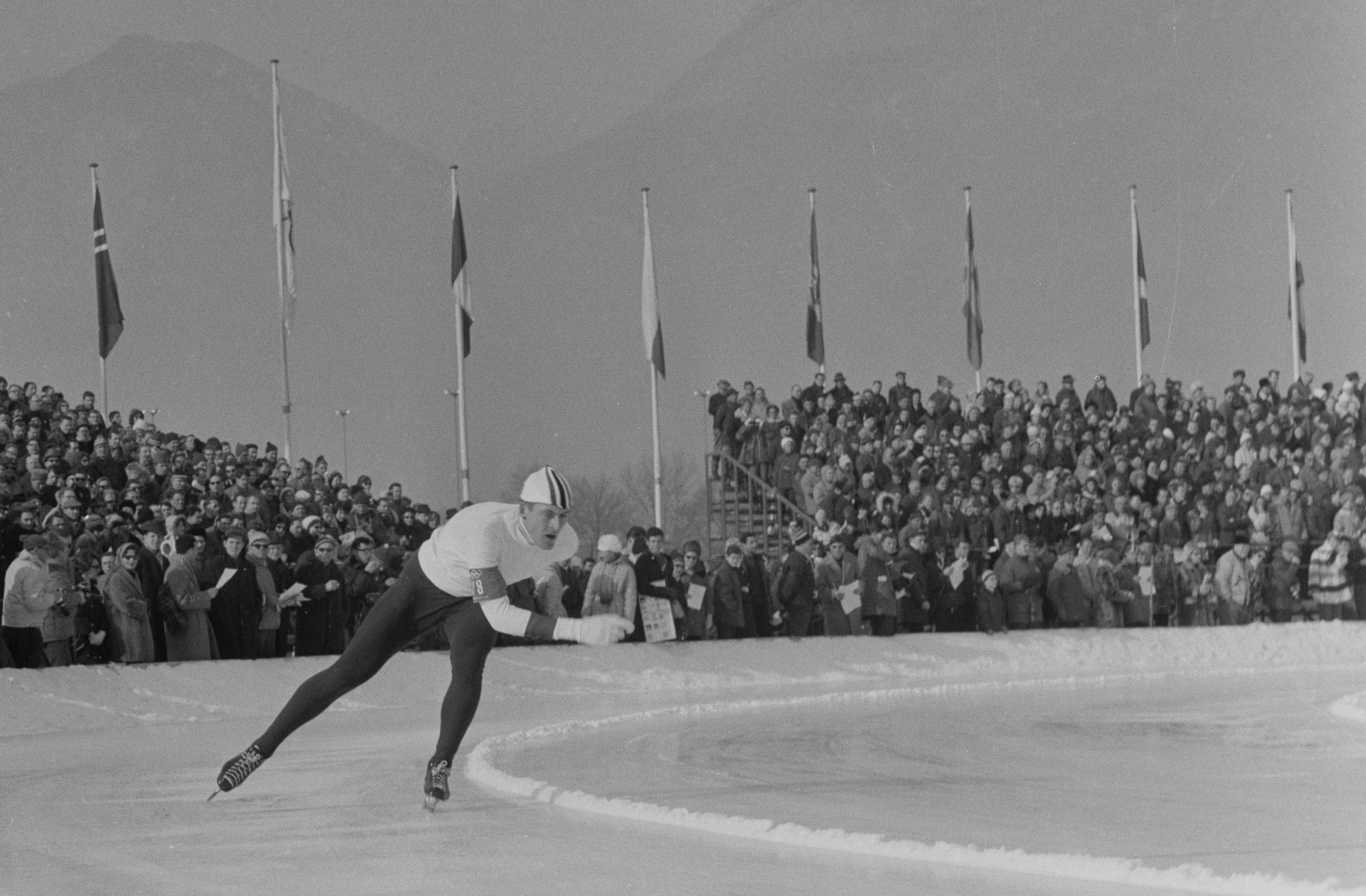 Fred Anton Maier på vei mot medalje på 5000 m under OL i Innsbruck 1964.