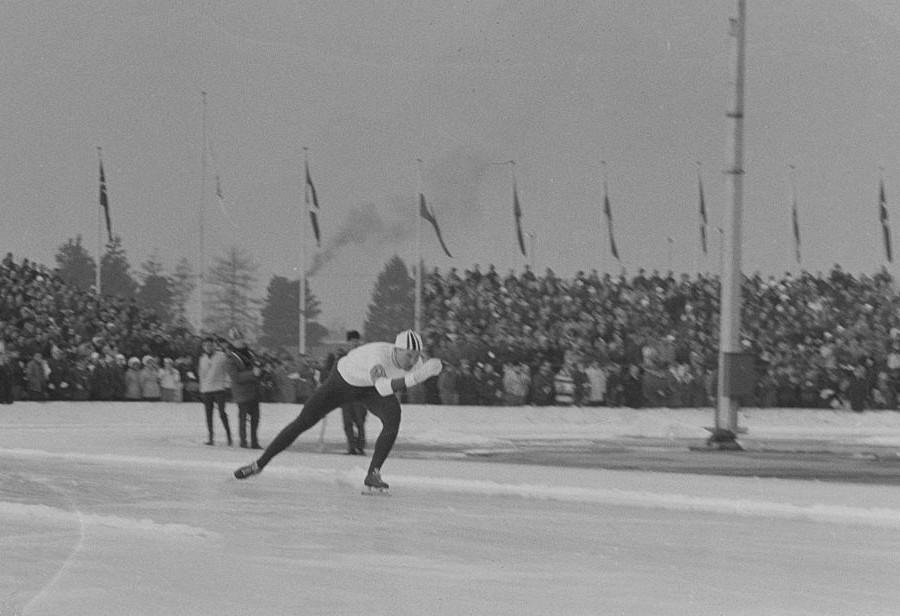 Knut Johannesen på vei mot gull på 5000 m under OL i Innsbruck 1964.