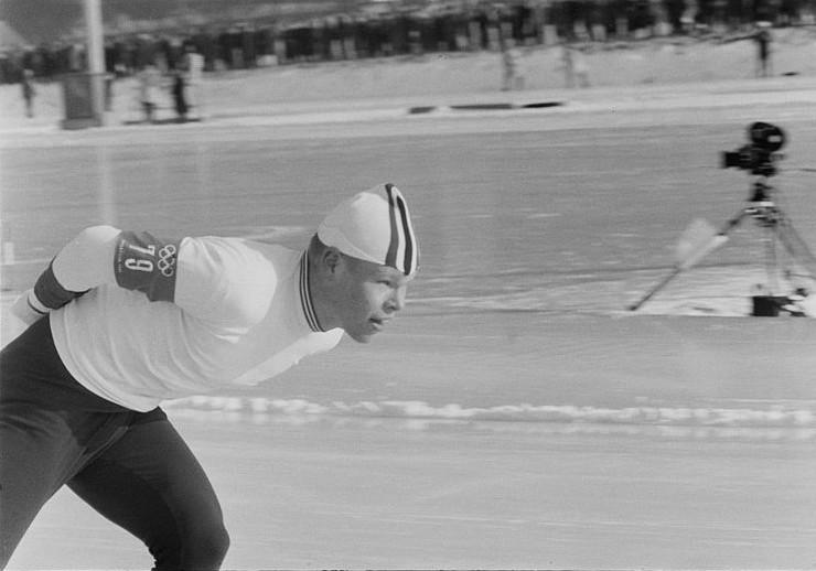Bilde av skøyteløperen Per Ivar Moe.