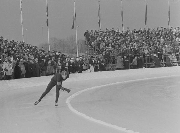 Den regjerende mester, Viktor Kositsjkin på 5000 m under OL i Innsbruck 1964.
