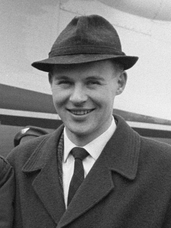 Knut Johannesen fotografert på Schipol i 1962.