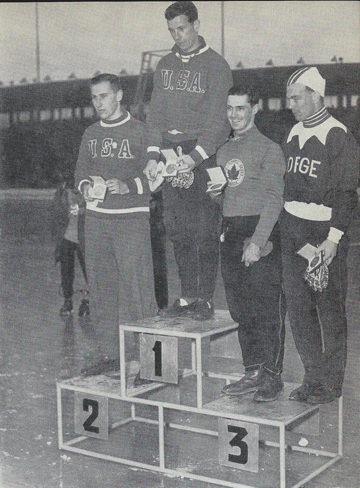 Bilde av seierspallen på 500 m under OL i 1952.