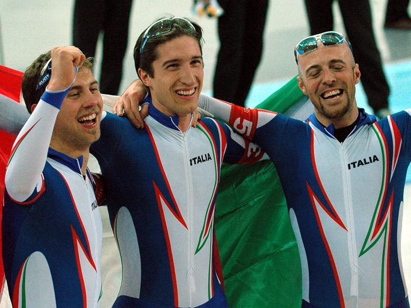 Bilde av det italienske lagtempolaget som tok OL-gull i 2006.