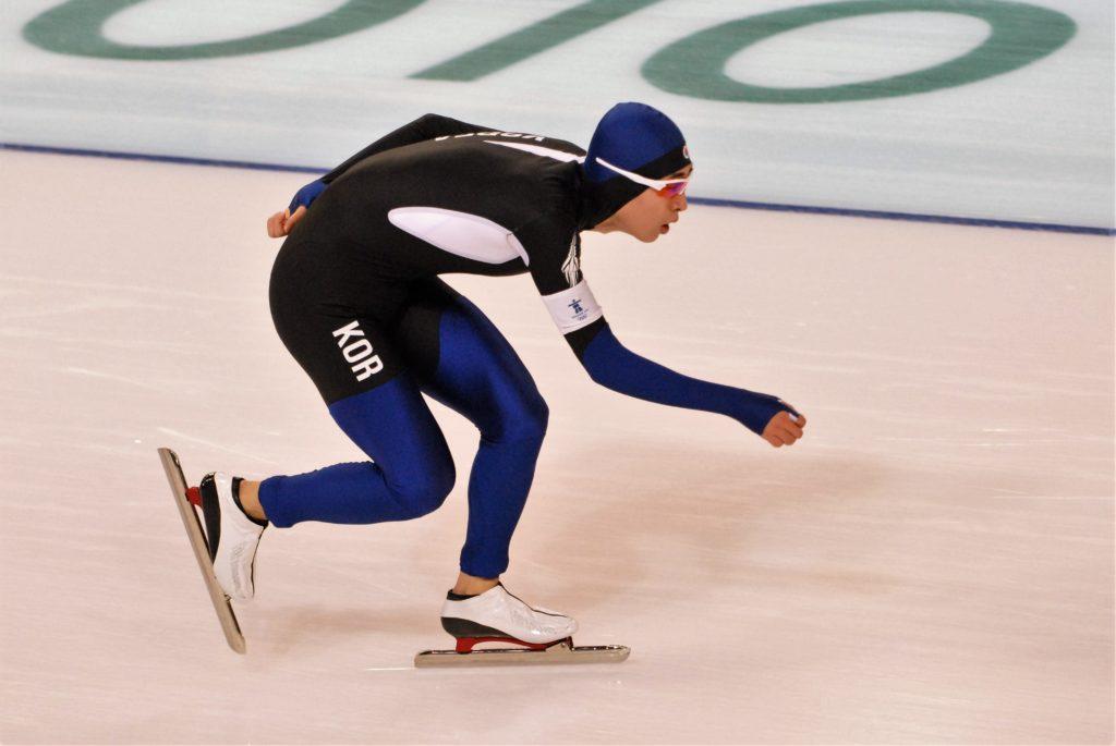 Bilde av den sør-koreanske skøyteløperen Lee Seung-Hoon.