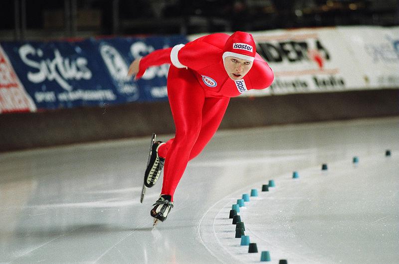 Bilde av skøyteløperen Edel Therese Høiseth