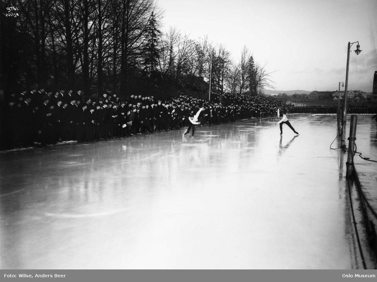 Bilde av skøyteløp på Frogner stadion