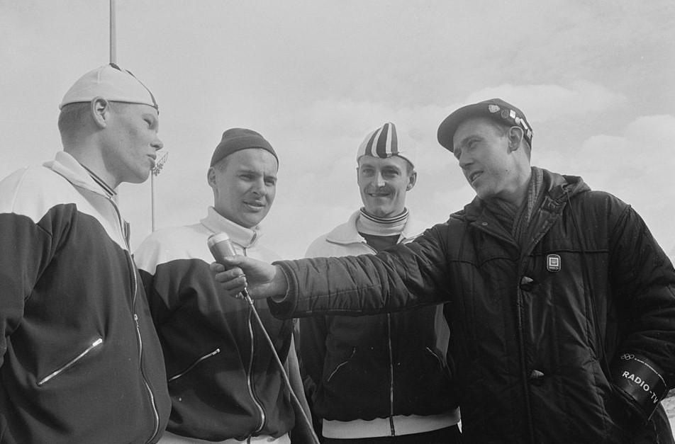 Bilde AV Knut Bjørnsen som intervjuer Per Ivar Moe, Knut Johannesen og Fred Anton Maier.