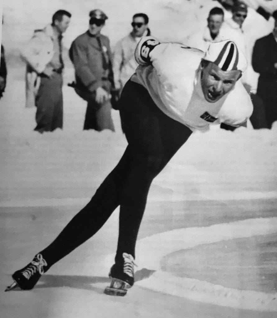 Bilde av skøyteløperen Knut Johannessen i Squaw Valley i sitt legendariske gulløp på 15,46,6 i 1960.