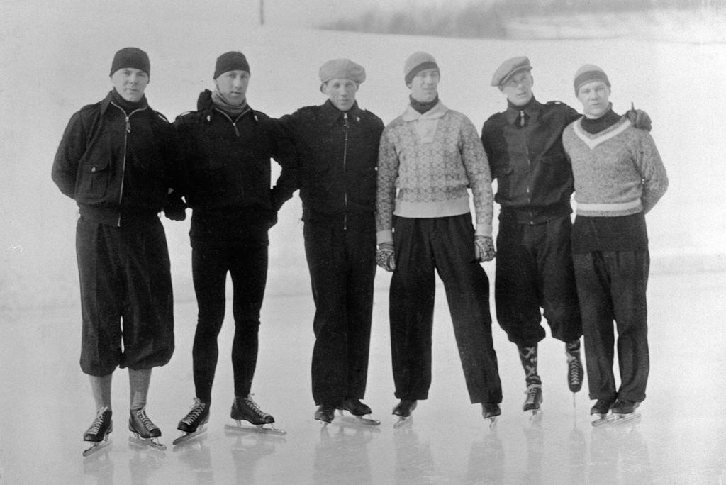Bilde av den norske skøytetroppen under OL i Lake Placid i 1932.